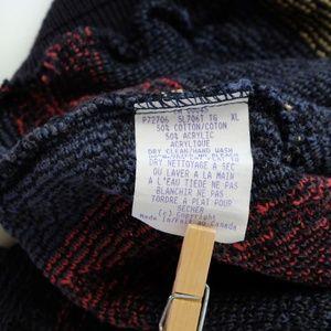 Tundra Sweaters - Vintage Biggie Crewneck Sweater 90s